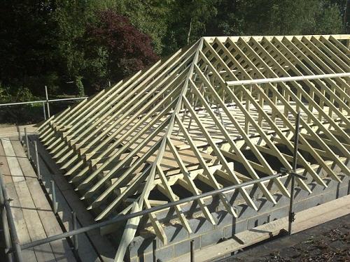 стропильная система четырехскатной крыши фото